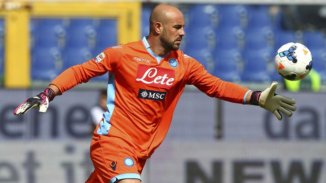 Pepe Reina in action for Napoli last season