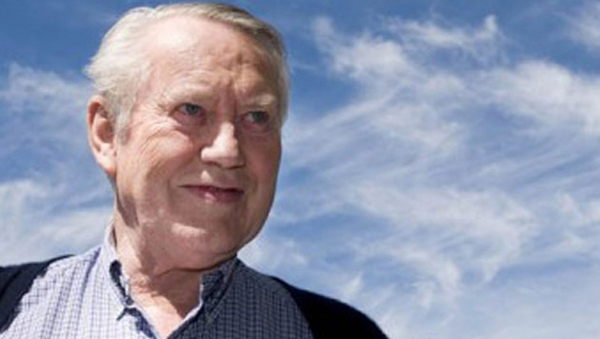 Chuck Feeney will sign the dissolution papers at his home in San Francisco on Wednesday
