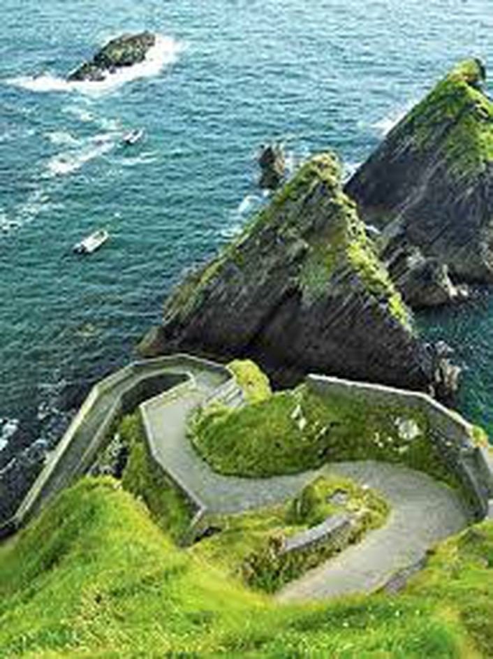 Cycling the wild Atlantic Way