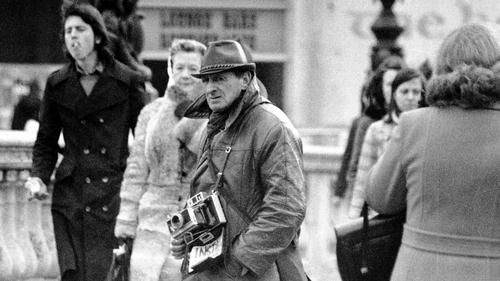 Legendary Dublin street photographer Arthur Felds