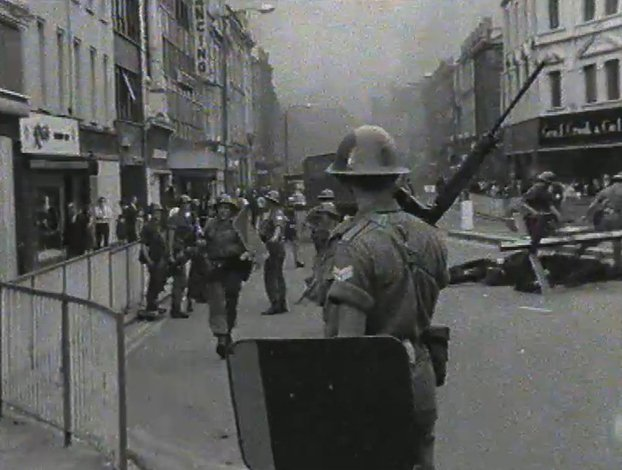 British Troops in Derry