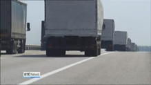 Aid convoy stops in central Russia