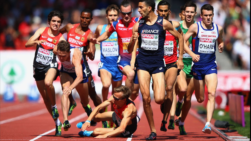 Florian Orth falls in the 1,500m final at the European Athletics Championships in Zurich