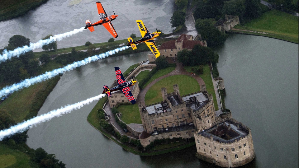 Flyers in the Red Bull Air Race World Championship soar over Leeds Castle