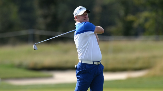 Jamie Donaldson leads the field by one