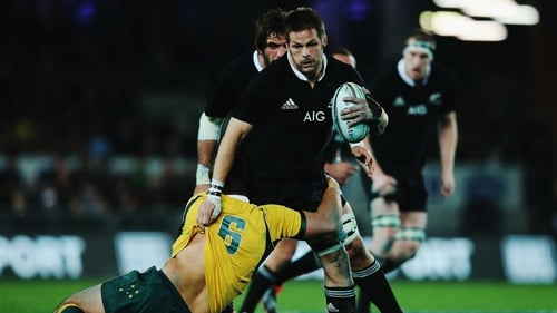 New Zealand captain Richie McCaw scored two tries en route to leading his side to a resounding victory