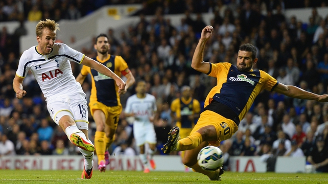Spurs stroll into Europa League group stages