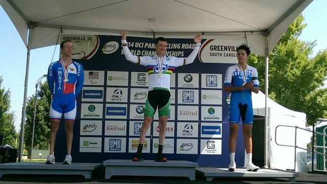 Eoghan Clifford celebrates winning gold in Greenville