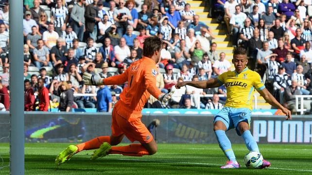 Dwight Gayle fires past Tim Krul to give Palace a first-minute lead at St James' Park