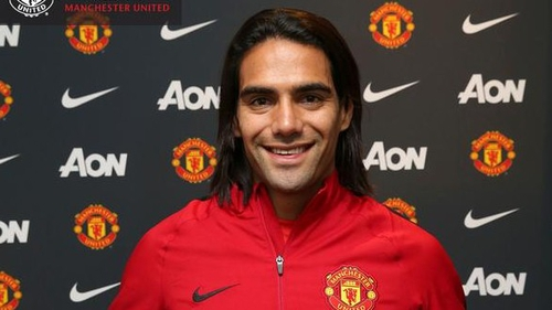 Robin van Persie warns Radamel Falcao that he won't walk into the Man United first team