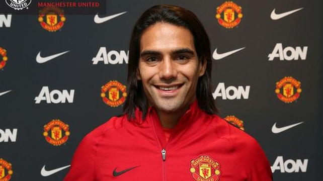 Radamel Falcao swaps Monaco for Manchester
