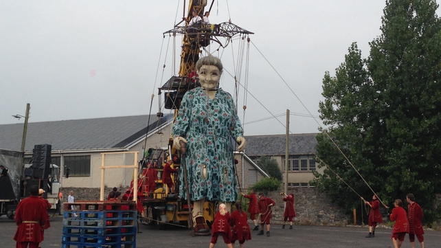 Over 100,000 people are expected to view the giant's journey in the coming days