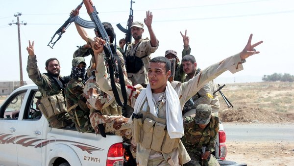 Kurdish and Iraqi forces have been battling IS fighters in northern Iraq