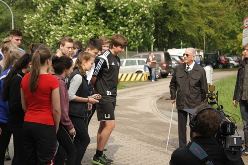 Harry Callan about to start the secondary school students' commemorative race at Bunker Valentin