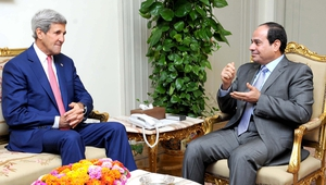 Egyptian President Abdel Fattah al-Sissi meeting with US Secretary of State John Kerry in Cairo