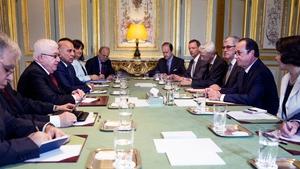 Meeting of international delegates has begun at the Élysée Palace in Paris