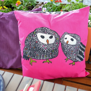 Cushion cover: Gulört, pink, black/white, € 4.00 Ikea | Cushion cover, Sanela, lilac € 7.00 www.ikea.com | Plants from a selection from Brophys Garden centre, Tullamore and Woodies DIY www.woodiesdiy.com
