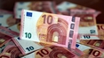 Euro stuck at 2-month low as EU challenges Italy budget