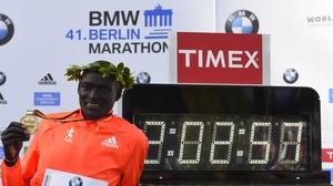 Dennis Kimetto celebrates his world record winning time