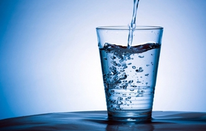 """""""This thing of having to drink 3, 4, 5, 6 litres of water a day - there's really no evidence to support that."""""""