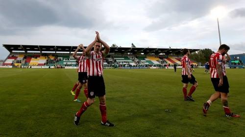Derry's Barry Molloy acknowledges the crowd after the game
