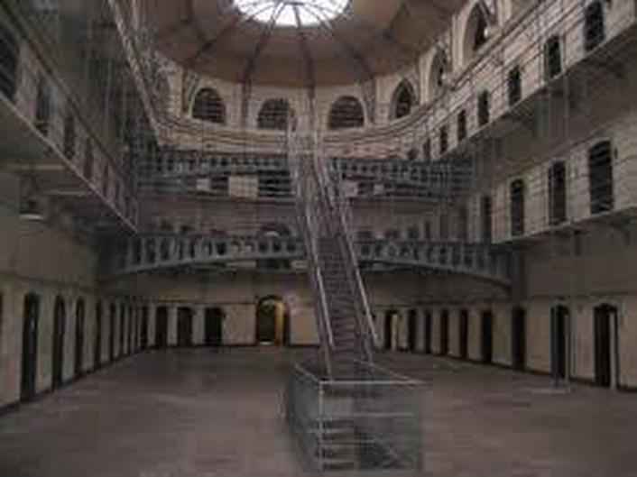 Mountjoy Prison - Billy Bragg singer/songwriter