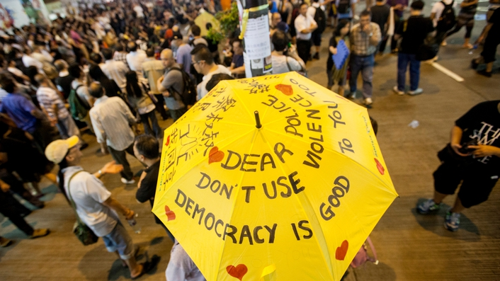 Hong Kong police step up their offensive against protesters