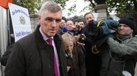 Irish Water chief defends staff bonuses