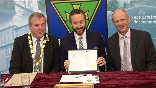 Chris O'Dowd receiving the Freedom of County Roscommon