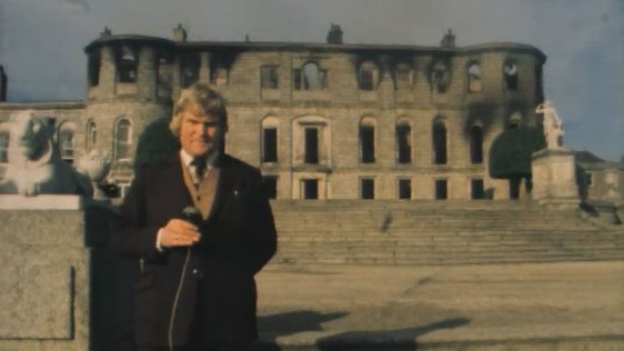 Derek Davis outside Powerscourt House