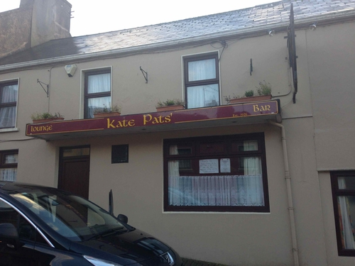 Cons local, Kate Pat's in Brosna Village