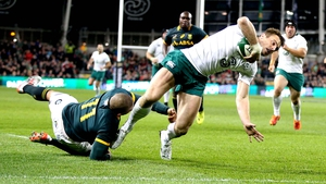 Tommy Bowe returned with a classic try to seal Ireland's 29-15 win