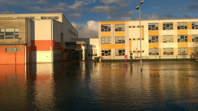 Flooding outside Tyrrelstown Educate Together National School in Dublin 15 (Pic: Denis Moynihan)