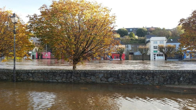 Templeshannon Quay in Enniscorthy is impassable due to flooding (Pic: @martinred3)