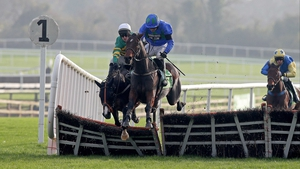 Hurricane Fly could step up in trip for the Aintree Hurdle next Thursday