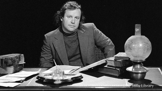 Brendan Kennelly (1977)
