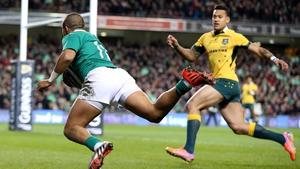 Simon Zebo goes over for Ireland's opening try