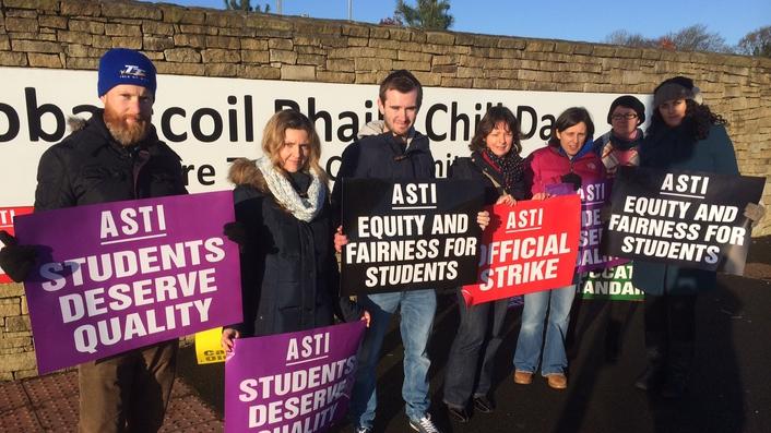 Teachers strike over junior cycle reforms