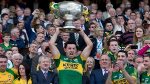 Aidan O'Mahony lifts the Sam Maguire in 2014