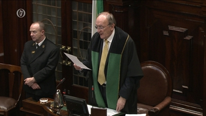 A statement today says the Ceann Comhairle does not intend departing his post before the end of the current Dáil
