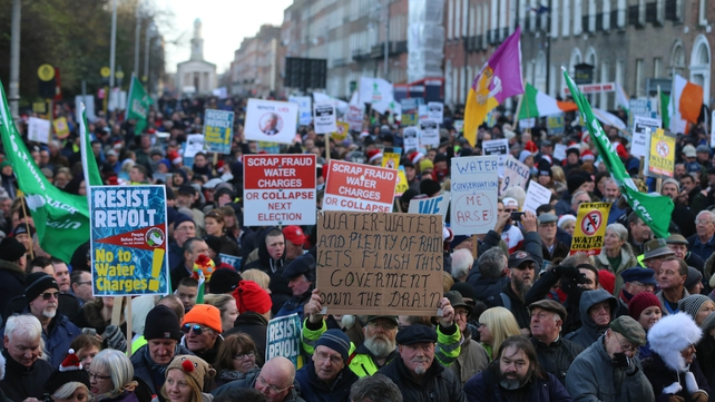 Crowds gather for the anti-water charges protest outside Leinster House