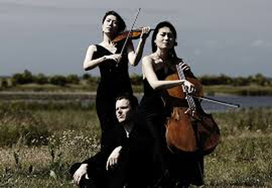 Trio con Brio Copenhagen and Barry McGovern