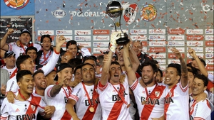 River Plate goalkeeper Marcelo Barovero and forward Fernando Cavenaghi hold the Copa Sudamericana aloft in Buenos Aires