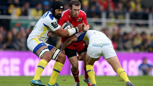 JJ Hanrahan will guide Munster from the out-half slot on Saturday