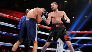 Andy Lee (R) is scheduled to defend his title in New York on Saturday