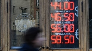Russian central bank move on rates fails to  stabilise the rouble