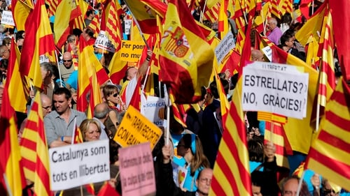 Bank of Spain governor Luis Linde said Catalonia would lose access to credit from the ECB if it votes for independence
