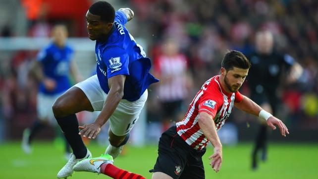 Saints bounce back to crush Everton