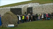One News: Around 1,000 people gather at Newgrange for winter solstice