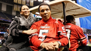 Muhammad Ali, seen here with his wife Lonnie, was diagnosed with Parkinson's disease in 1984